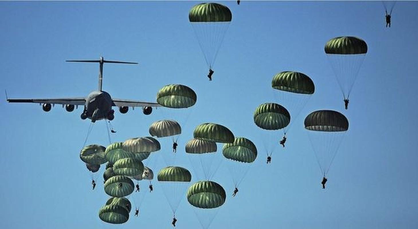 NATO ne so cuoc tap tran 2000 quan nhay du cung mot cho cua Nga-Hinh-13