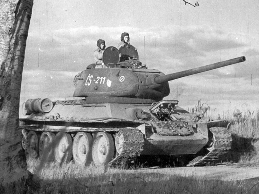 8 bi mat bat ngo lam nen thanh cong cua xe tang T-34 huyen thoai-Hinh-11