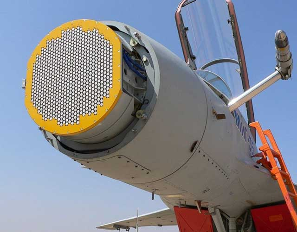 Khi F/A-18E/F Super Hornet cua My dau voi Su-30 cua Nga-Hinh-5