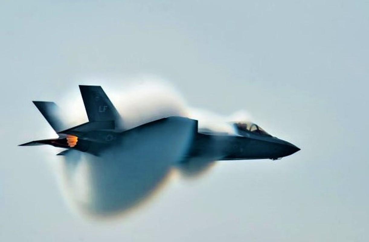 Dieu gi xay ra khi F-35 My va J-10 Trung Quoc xong vao hon chien?-Hinh-13