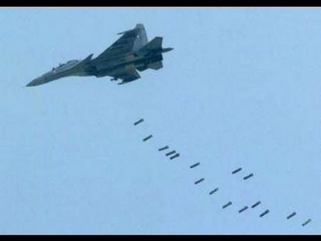 Tiem kich Typhoon cua chau Au co du suc doi dau Su-27 Nga?-Hinh-12