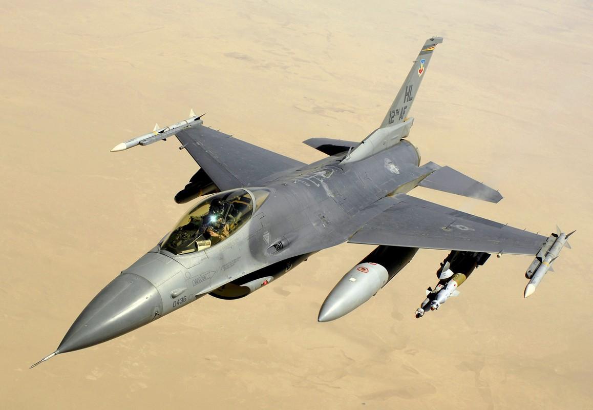 Ly do JF-17 khong bao gio thay the duoc F-16 trong Khong quan Pakistan?
