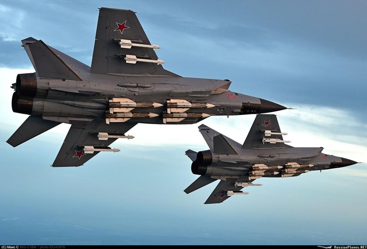 Lien Xo no luc ra sao de ban ha may bay SR-71 cua My-Hinh-17