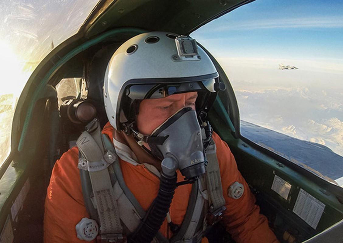 Lien Xo no luc ra sao de ban ha may bay SR-71 cua My-Hinh-5