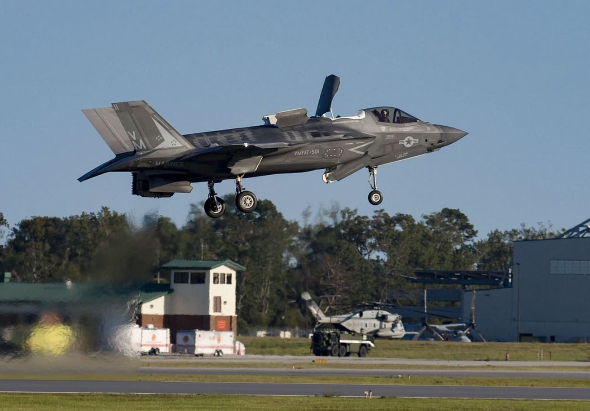 Rut cuc tiem kich F-35B co xung voi cai gia cao chot vot?-Hinh-16