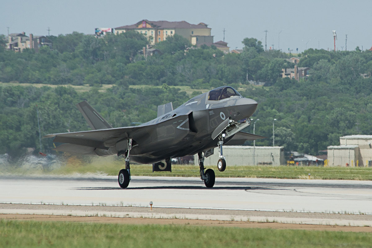 Rut cuc tiem kich F-35B co xung voi cai gia cao chot vot?-Hinh-8