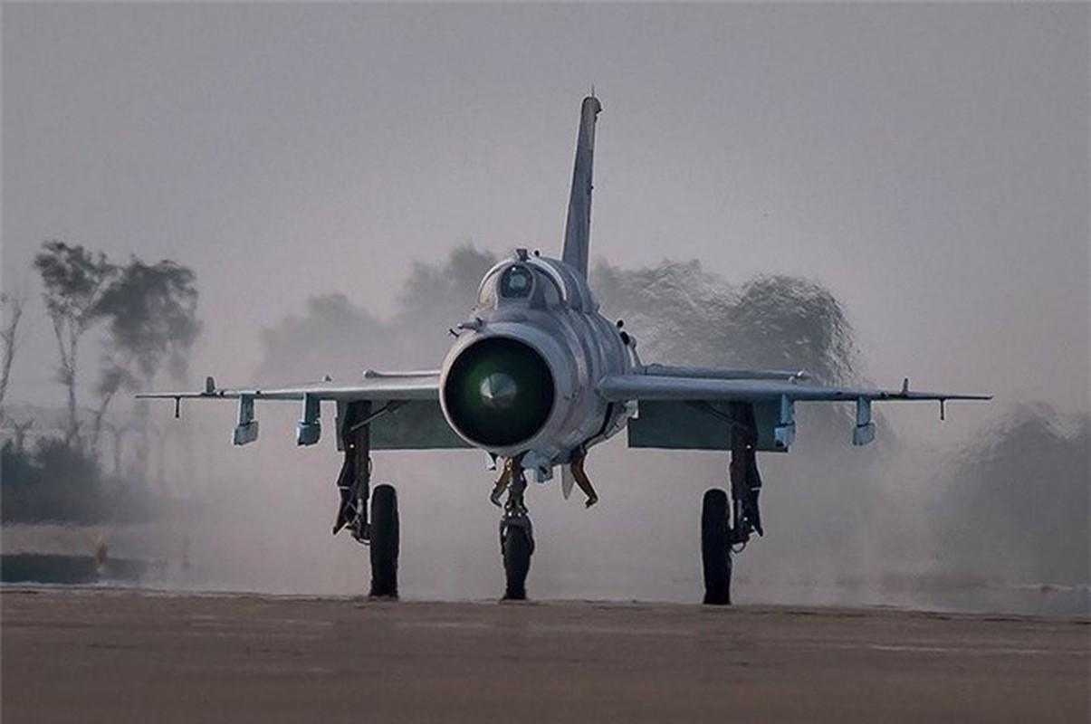 Sau hon nua the ky, Trung Quoc van miet mai che tao MiG-21-Hinh-4