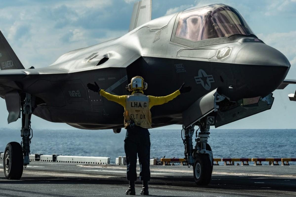 Suc manh tau san bay Anh voi tiem kich F-35B My dang toi bien Dong-Hinh-10