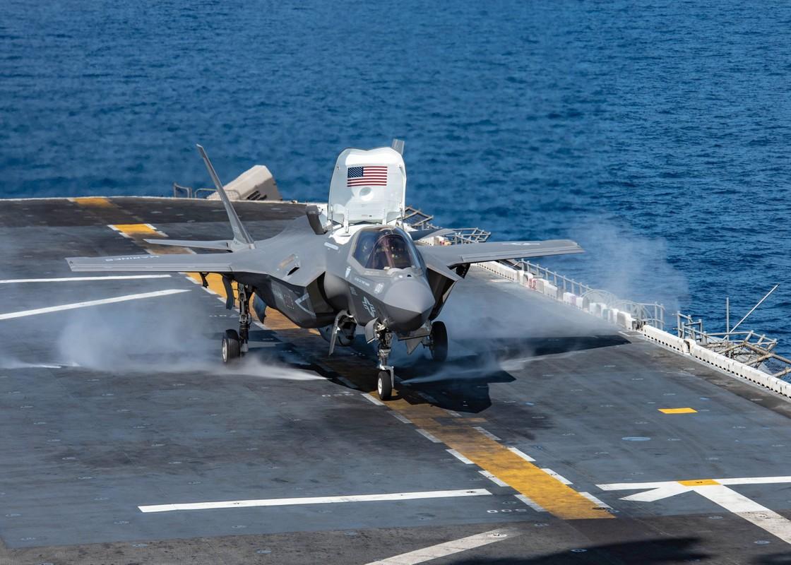 Suc manh tau san bay Anh voi tiem kich F-35B My dang toi bien Dong-Hinh-11