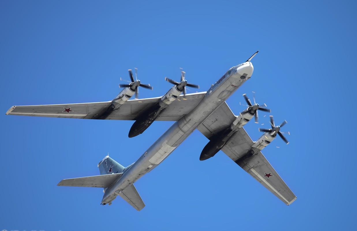 May bay nem bom M-4 Lien Xo tung khien My khiep so ra sao?-Hinh-9