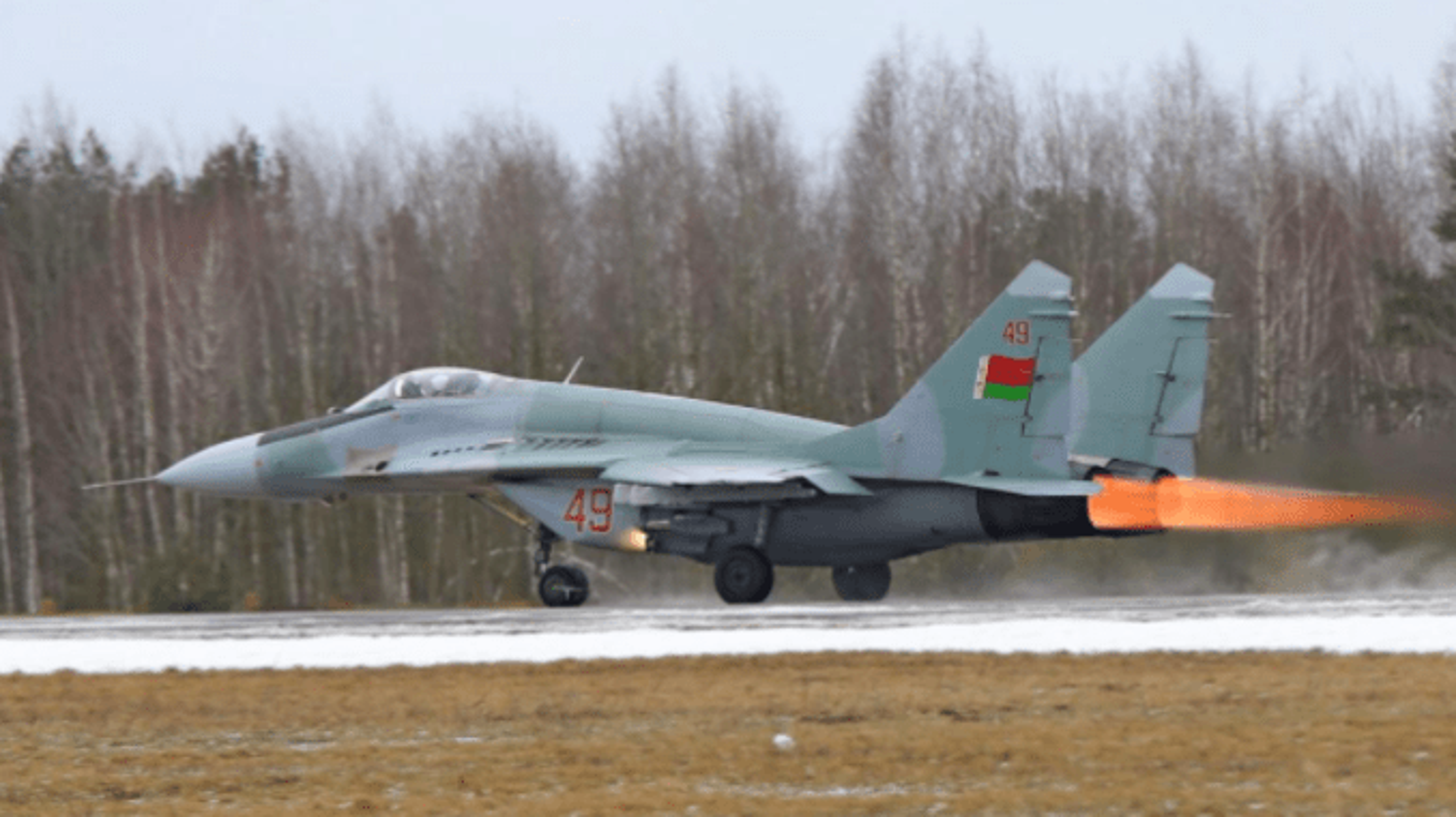 Suc manh Belarus: Dan vu khi du suc dim My, NATO vao bien lua (2)-Hinh-6