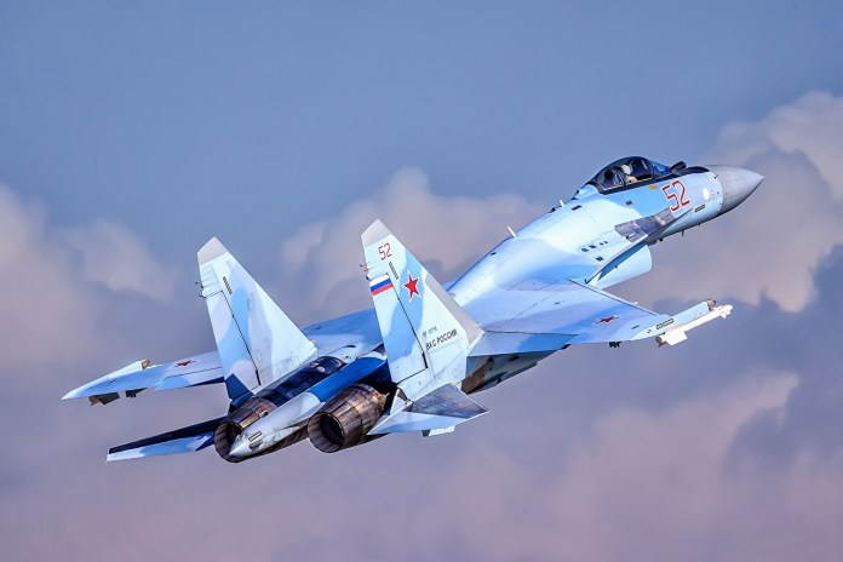 Su-35 co phai la doi thu cua chien dau co tang hinh F-35?-Hinh-8