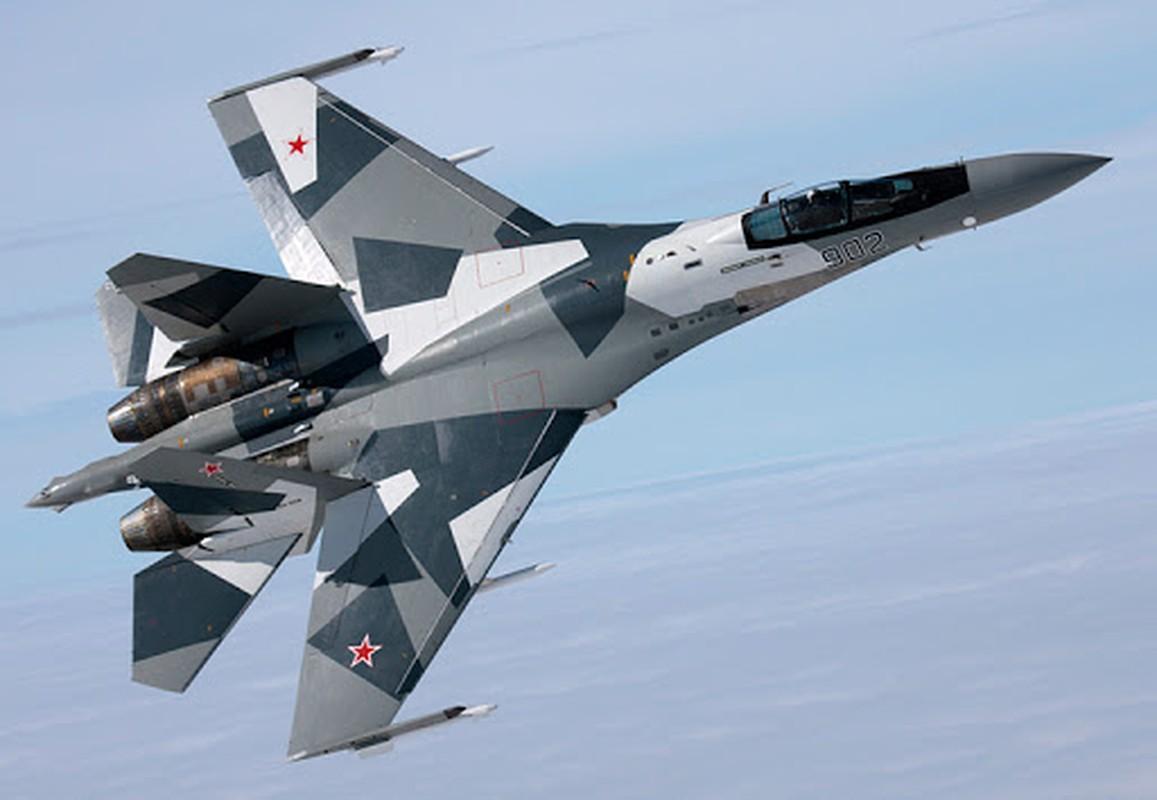 Su-35 co phai la doi thu cua chien dau co tang hinh F-35?