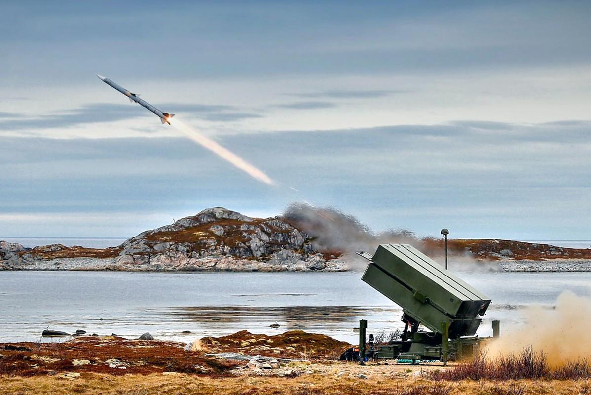 Ten lua AIM-120 va cuoc cach mang trong vu khi doi khong tam xa-Hinh-15