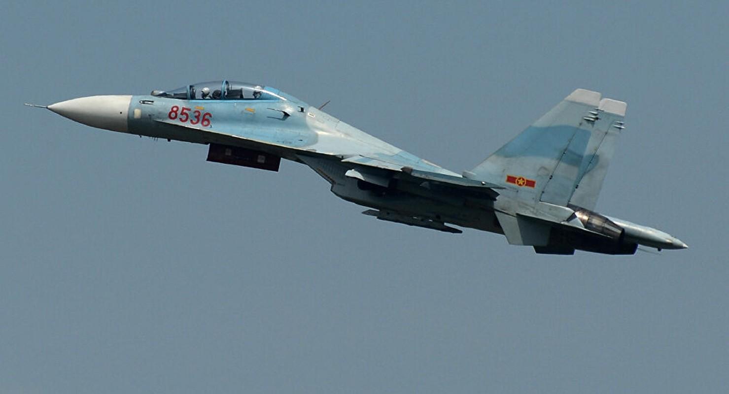 Vu tai nan dat do khien Nga phai boi thuong hai chiec Su-27PU-Hinh-12