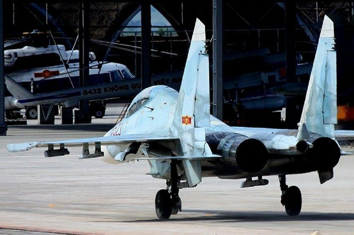 Vu tai nan dat do khien Nga phai boi thuong hai chiec Su-27PU-Hinh-3