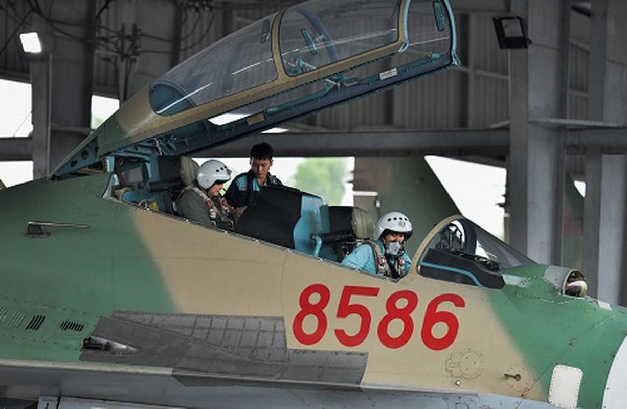 Vu tai nan dat do khien Nga phai boi thuong hai chiec Su-27PU-Hinh-7