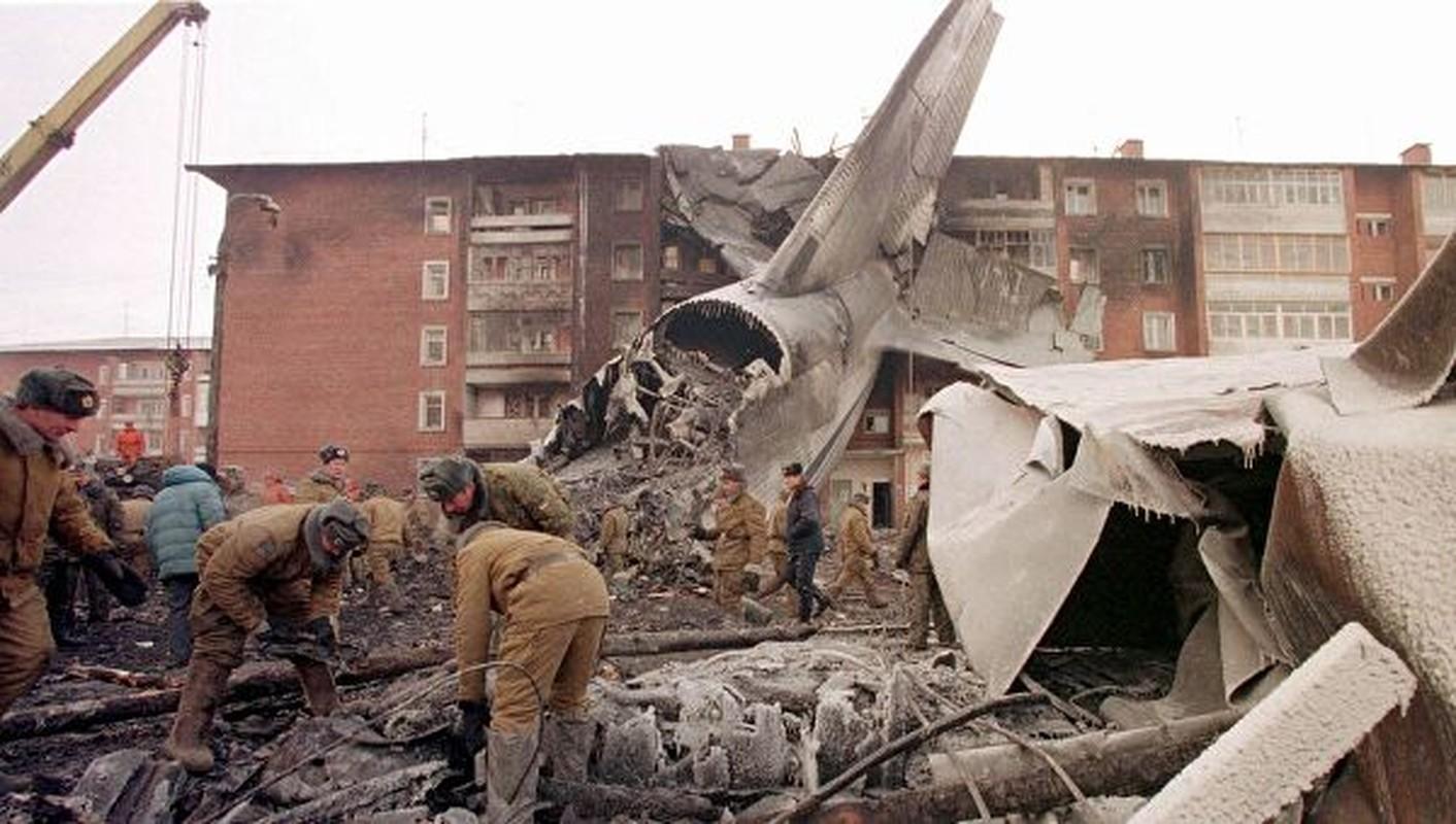 Vu tai nan dat do khien Nga phai boi thuong hai chiec Su-27PU