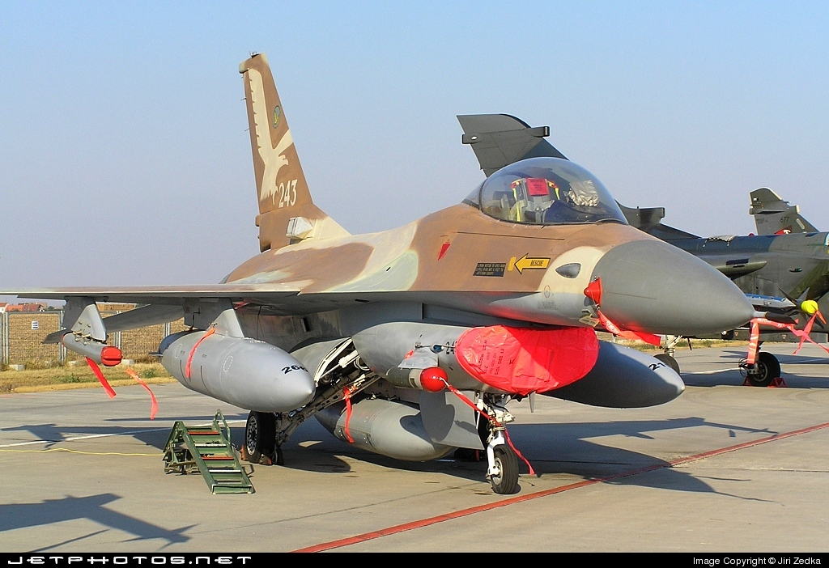 Cach Israel pha tan giac mong vu khi hat nhan cua Iraq-Hinh-7