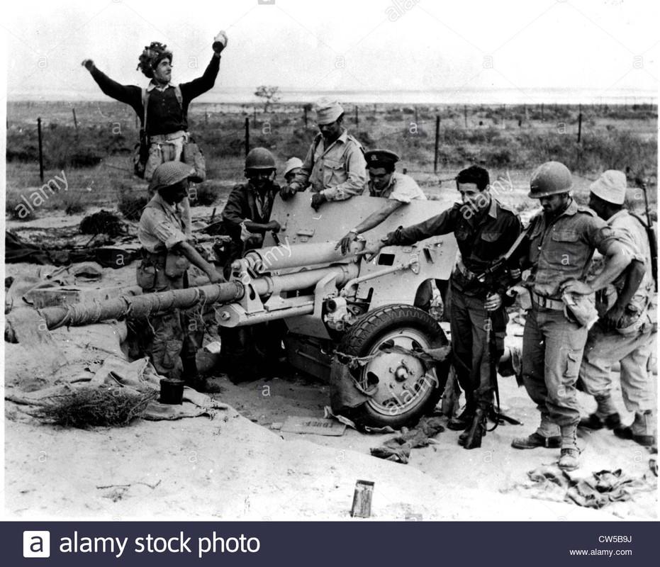 Khung hoang kenh dao Suez 1956 va noi