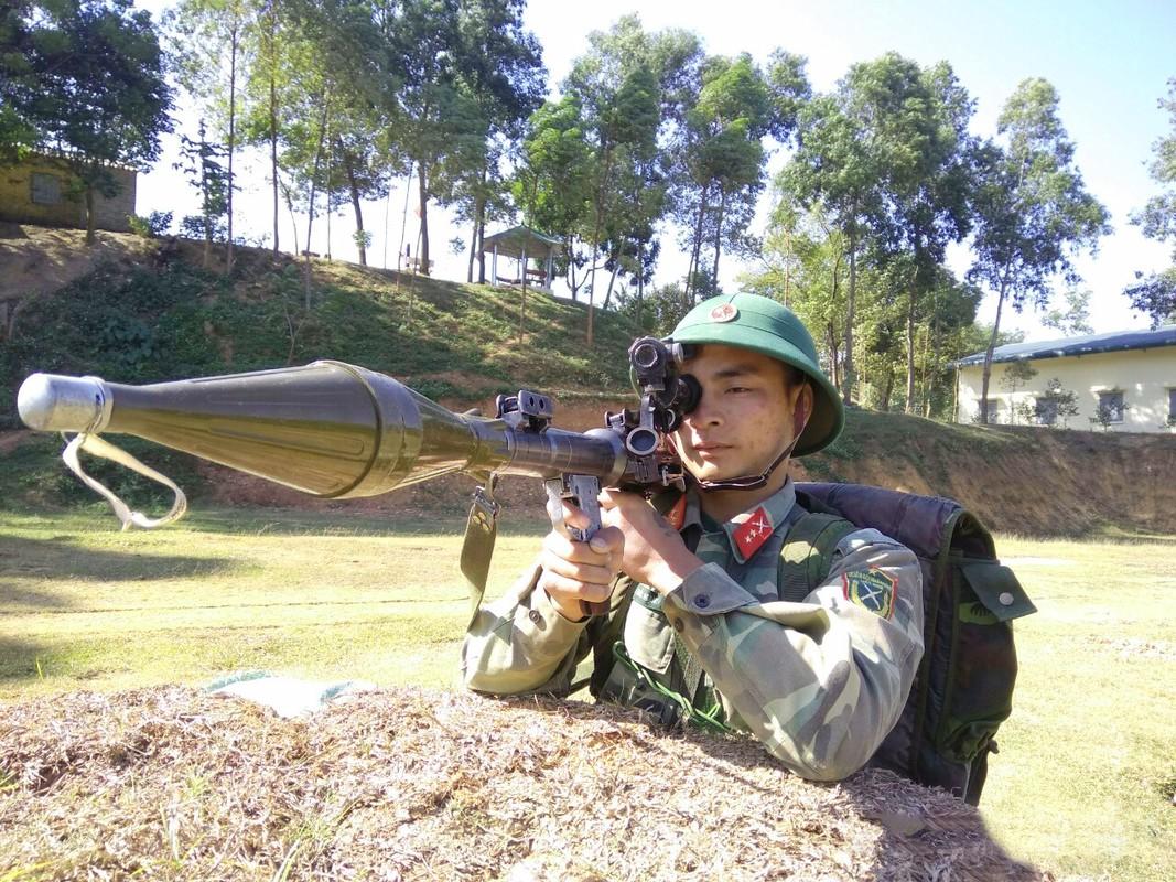 RPG-7 du da 60 tuoi van la noi khiep dam voi moi loai xe tang-Hinh-9