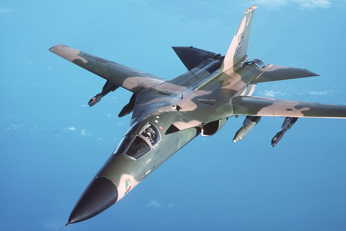 Cach tiem kich F-14 tu do bo di bien thanh sieu chien dau co-Hinh-5