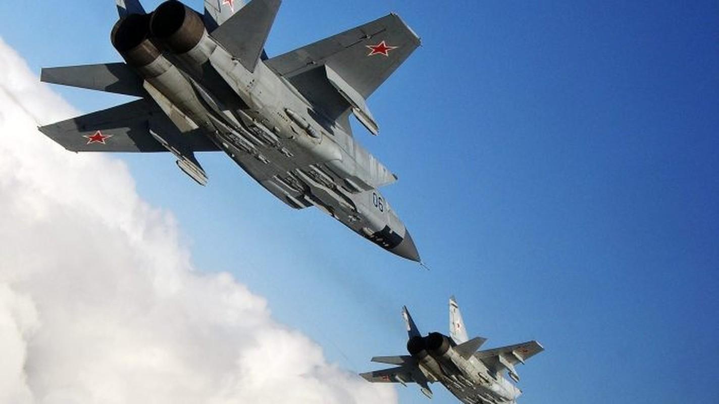 NATO - Ukraina nen nho, Nga van con sieu tiem kich MiG-31 trong bien che-Hinh-10