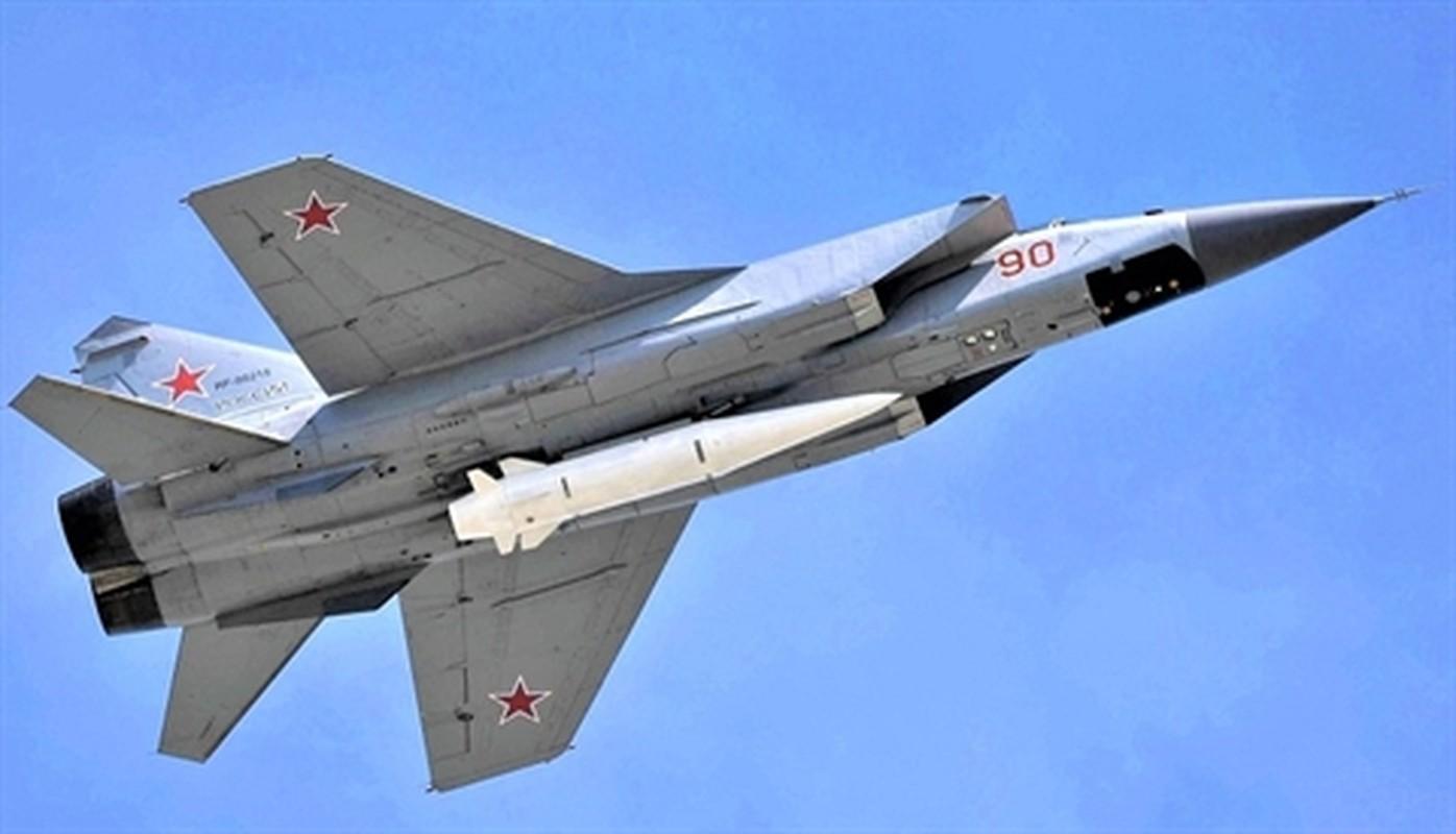 NATO - Ukraina nen nho, Nga van con sieu tiem kich MiG-31 trong bien che-Hinh-11