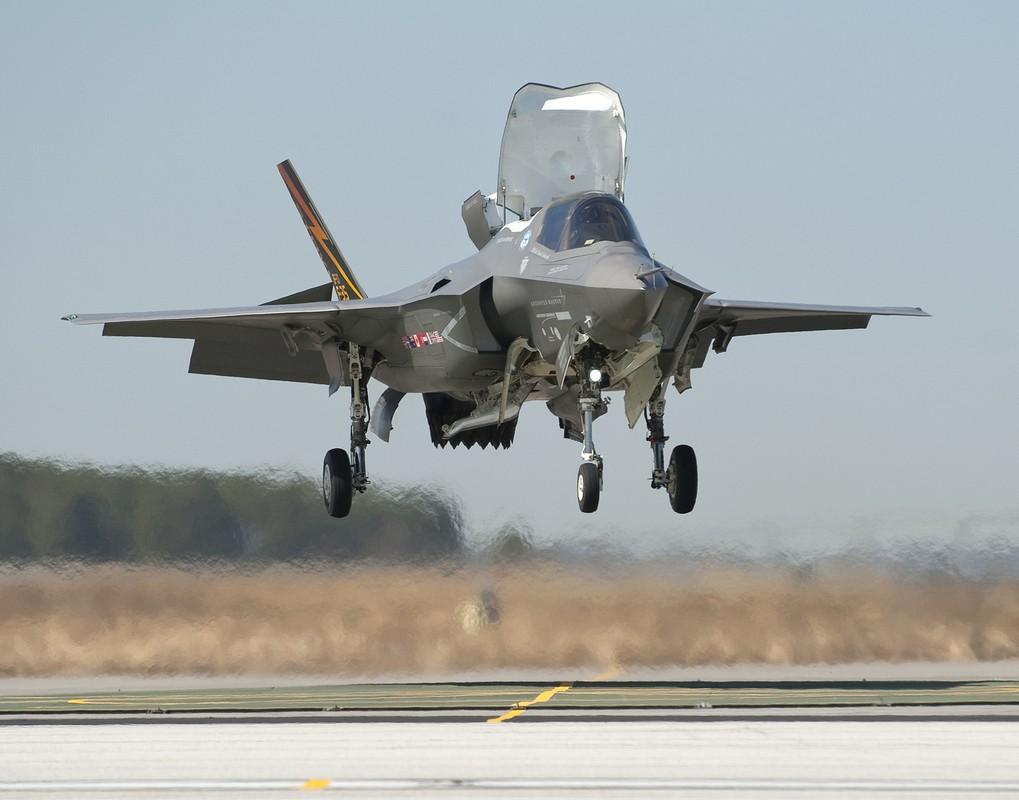Nhat Ban dung F-35B de lap hang rao thep voi Trung Quoc-Hinh-8