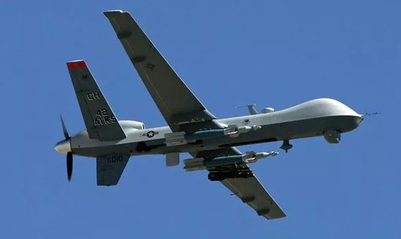 Qua lo so Trung Quoc, My loai bien som 20 UAV Global Hawk-Hinh-5