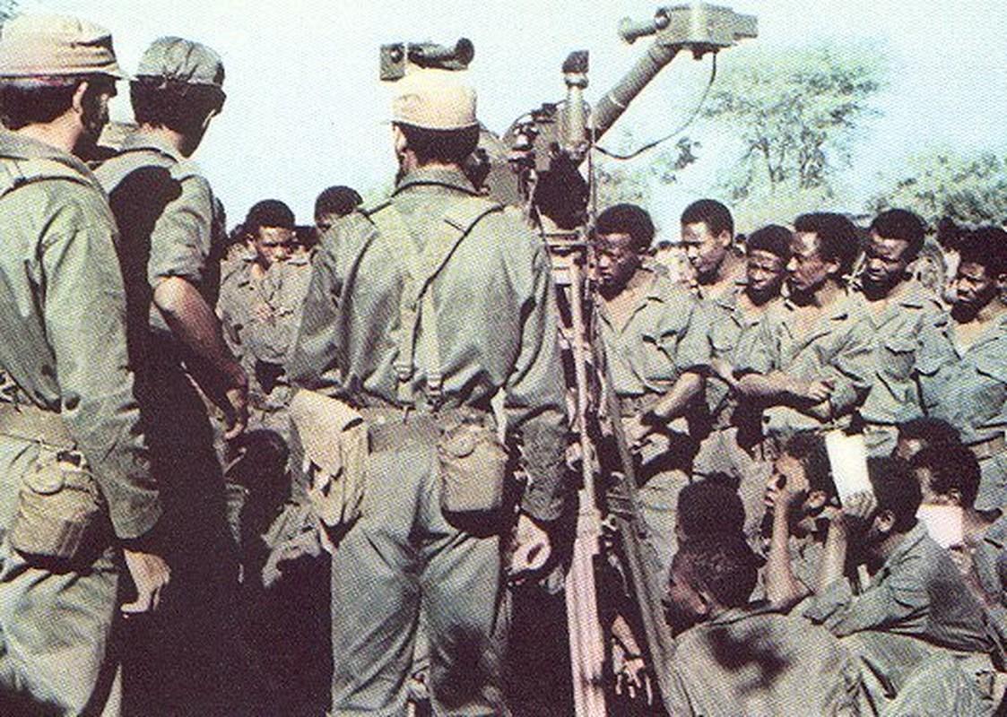 Dung do My - Cuba: The kho buoc My phai tung don tan cong (1)-Hinh-7