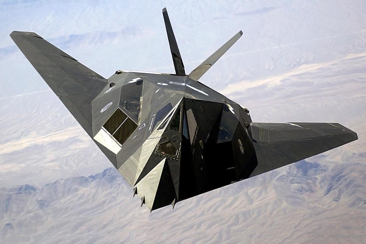 Cach quan doi My giu bi mat tuyet doi sieu co F-117A