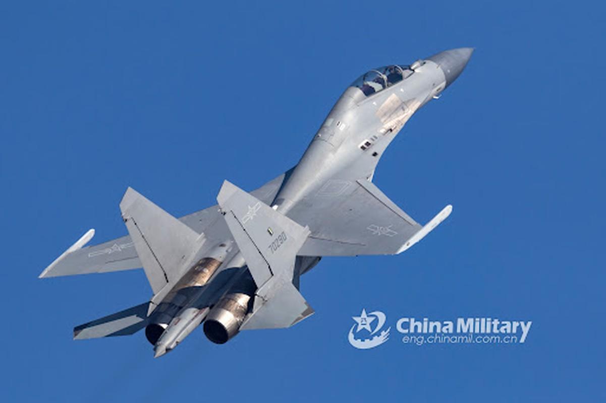 Khong dong nhu J-7, nhung J-16 moi la chu luc cua Khong quan TQ-Hinh-11