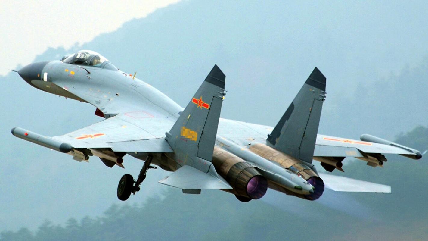Khong dong nhu J-7, nhung J-16 moi la chu luc cua Khong quan TQ-Hinh-2