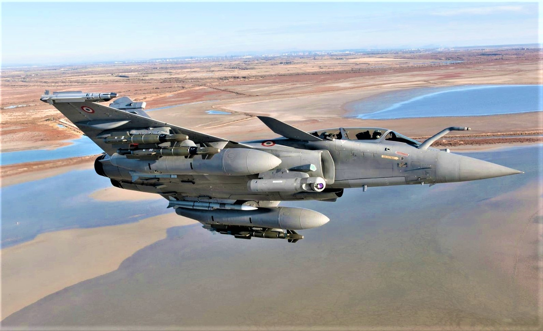 Tai sao Algeria tu choi may bay Rafale cua Phap va uu tien Su-30MKA?-Hinh-14