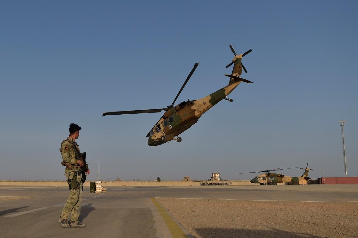 Truyen thong My: Khong quan Afghanistan dang ben bo vuc sup do-Hinh-12