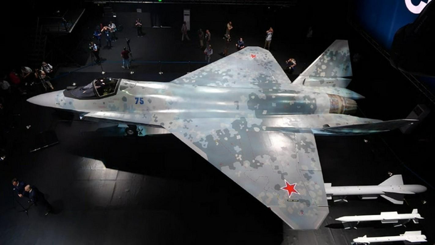 Nhung uu the tuyet doi cua tiem kich Su-75 so voi may bay My-Hinh-17