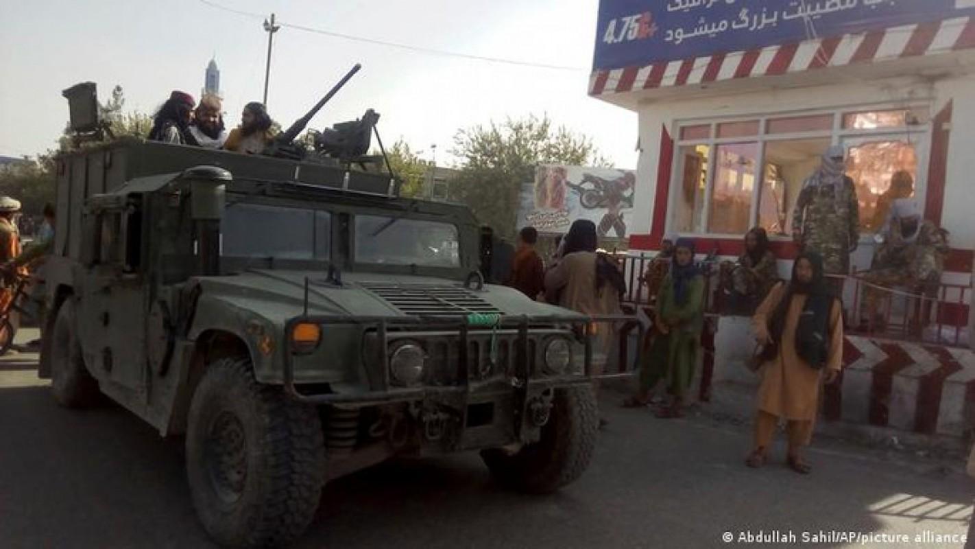 Binh dinh xong Afghanistan, Taliban duoc trang bi toan vu khi My-Hinh-10