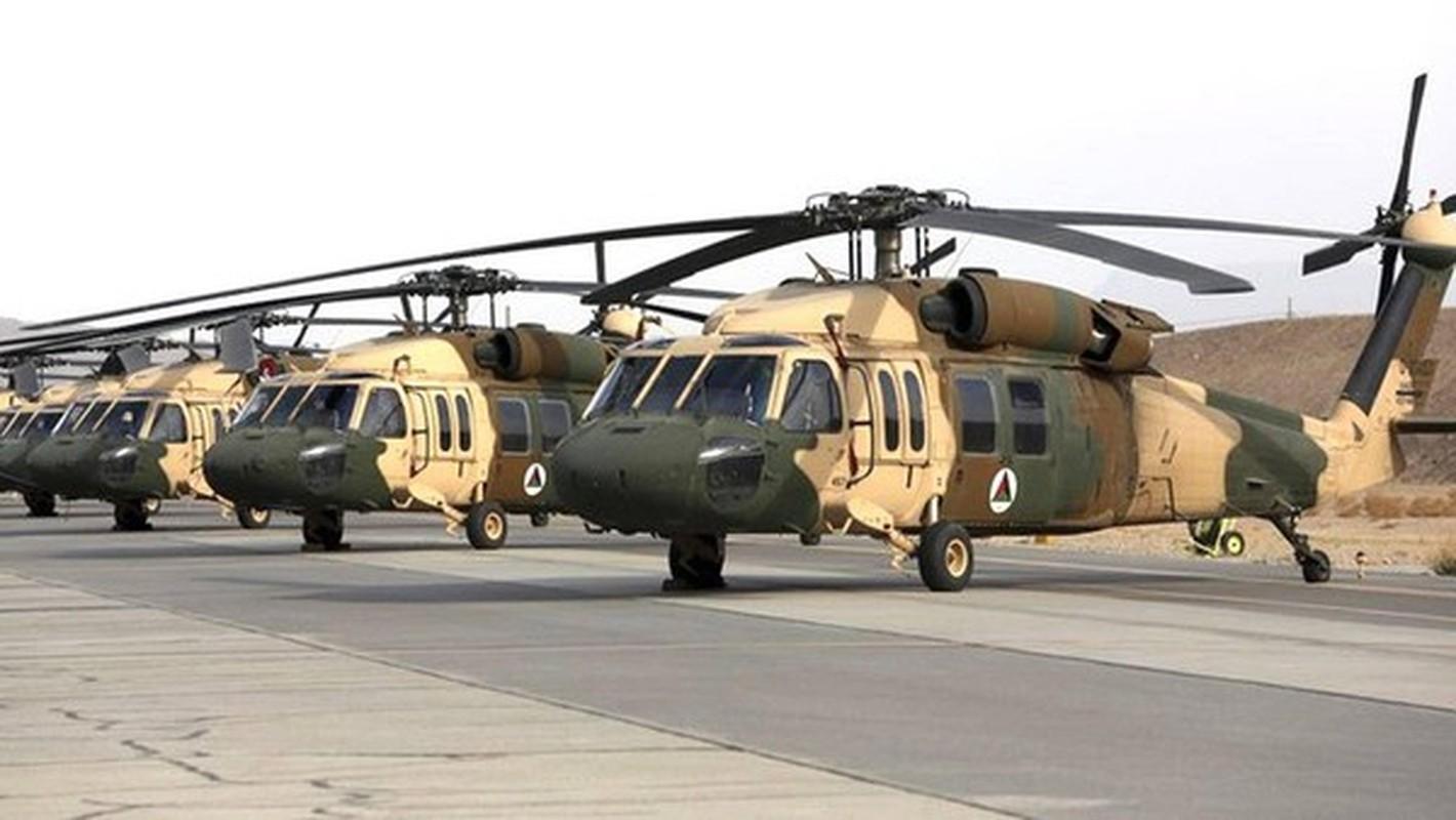 Binh dinh xong Afghanistan, Taliban duoc trang bi toan vu khi My-Hinh-17