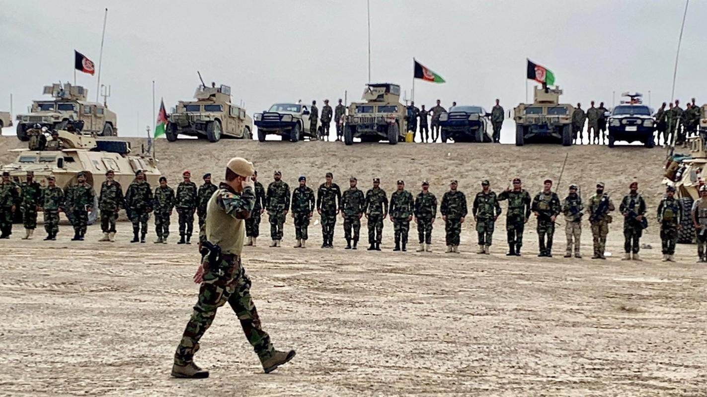 Binh dinh xong Afghanistan, Taliban duoc trang bi toan vu khi My-Hinh-2
