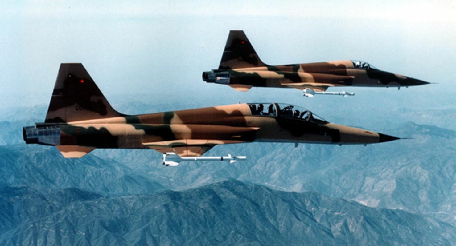 Chien dau co tang hinh KF-21 lieu co du suc sanh ngang F-35?-Hinh-12