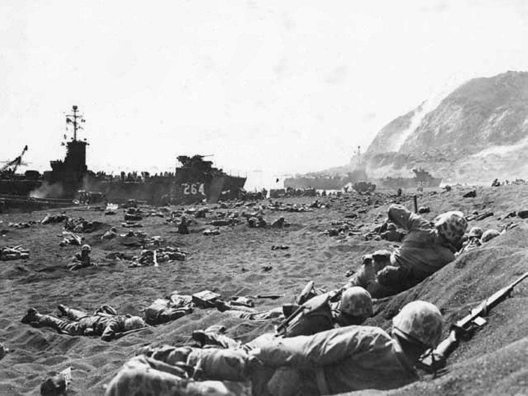 Taliban tai dien canh cam co mo phong su kien Iwo Jima sau 76 nam-Hinh-11