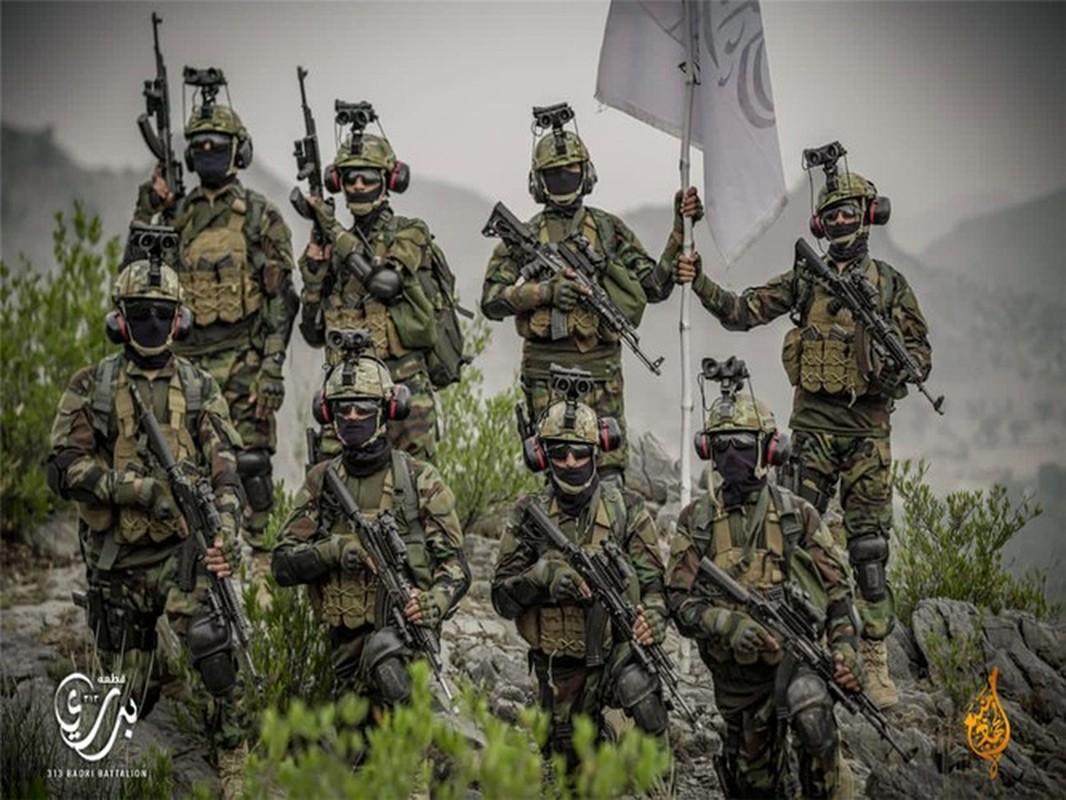Taliban tai dien canh cam co mo phong su kien Iwo Jima sau 76 nam-Hinh-16