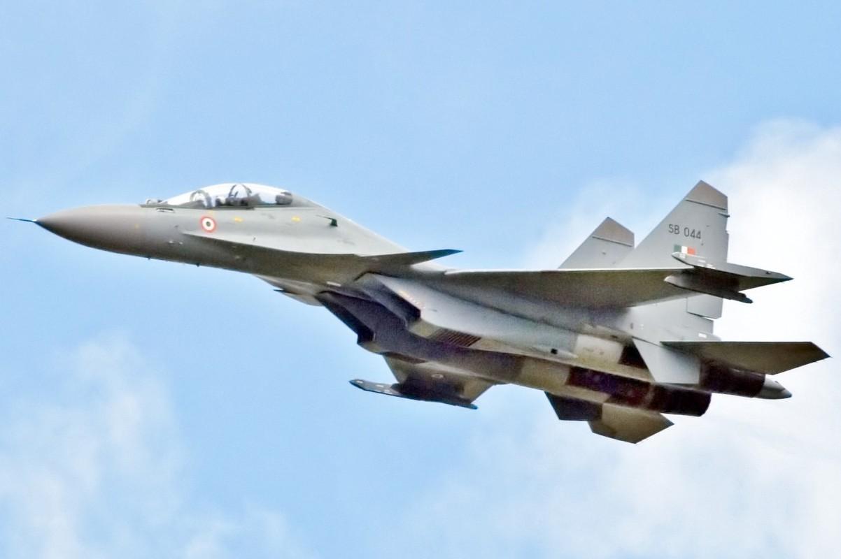 Nga van can man nang cap du tiem kich Su-30SM da qua manh-Hinh-5