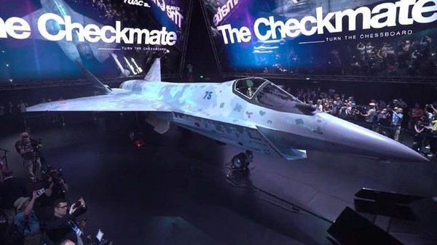 Tiem kich Su-75 Checkmate cua Nga chiu nhieu anh huong tu My-Hinh-14