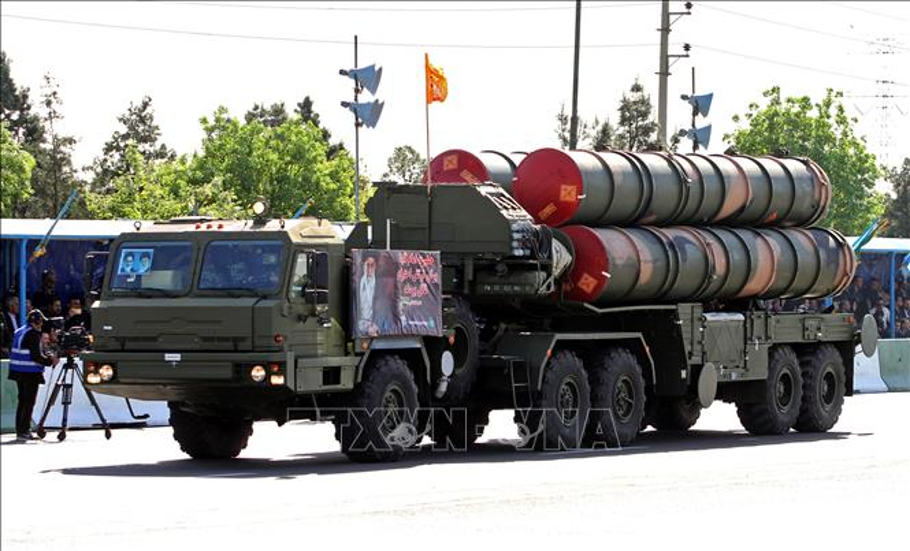 """Iran khoe ten lua """"cua nha trong duoc"""" manh hon ca S-400 Nga-Hinh-5"""
