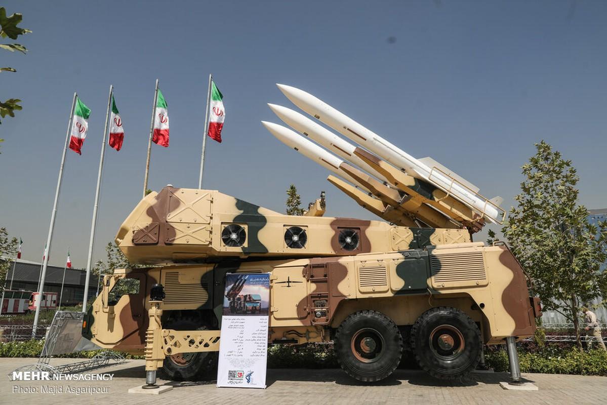 """Iran khoe ten lua """"cua nha trong duoc"""" manh hon ca S-400 Nga-Hinh-6"""