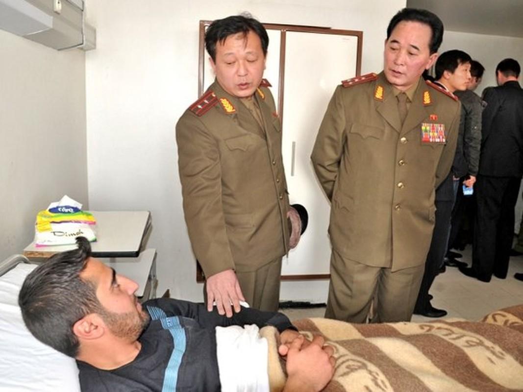 Dac nhiem Trieu Tien xuat hien o Syria khien moi doi thu kinh so-Hinh-3