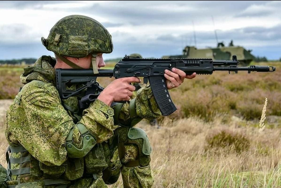 Nga chinh thuc trang bi sieu sung tuong tan cong AK-12 cho toan quan-Hinh-15
