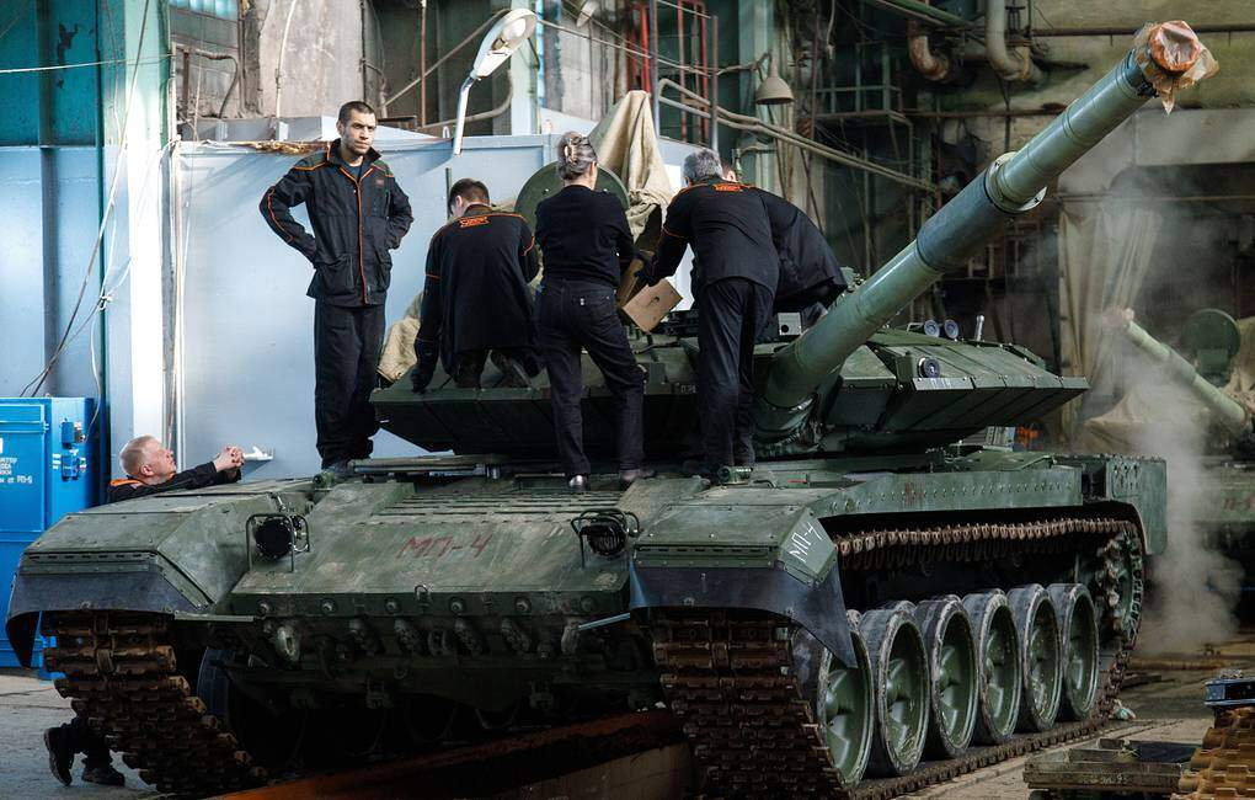 Viet Nam dung dau danh sach khach hang tiem nang cua xe tang T-90MS-Hinh-5